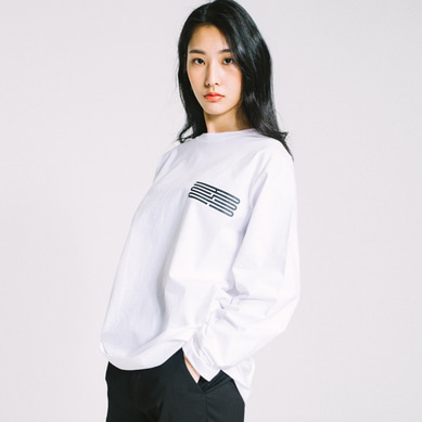 basic logo long sleeve tee White